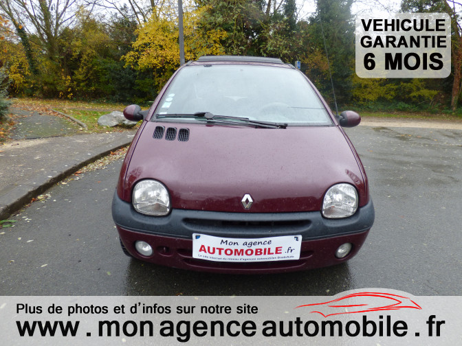 voiture renault twingo 1 2 i occasion essence 2001 173270 km 2890 aytr charente. Black Bedroom Furniture Sets. Home Design Ideas